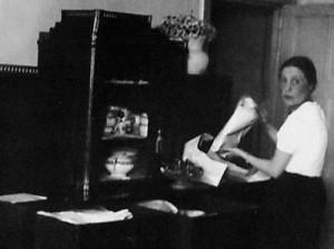 В квартире Гендриковом переулке