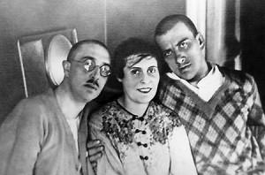 Ося, Лили Брик и Маяковский 1928, Гендриков переулок